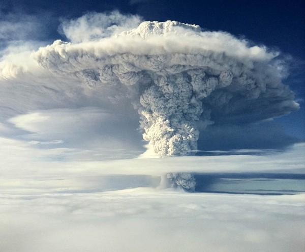 ... puyehue-volcano-eruption-june-2011-21-600×495 | The True Mount Sinai